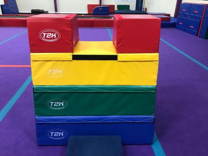 Four Section Foam Vault - Triple Top